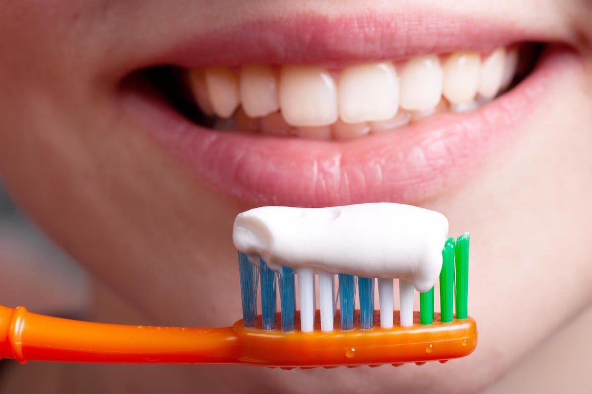 How do I choose the Right Toothpaste Dentist North Lakes
