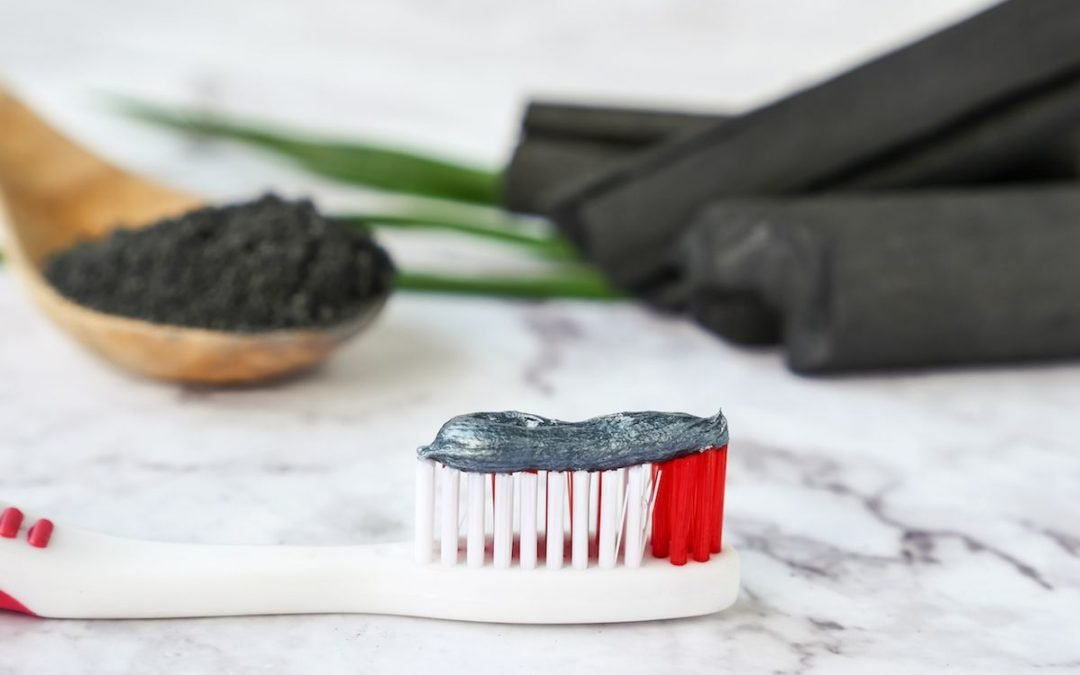 The Charcoal Toothpaste Trend – is it Safe or Not?