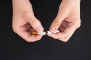 top 5 reasons to quit smoking now from your north lakes dentist